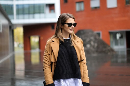 Clochet_streetstyle_monki_trench_shirt_and_other_stories_lykke_ly_loafers-9