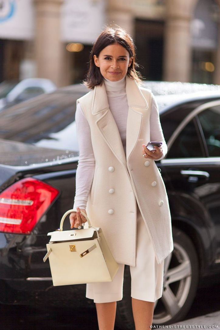 long-blazer-fall-whites-winter-whites-culottes-shorts-via-athens-streetstyle.com_