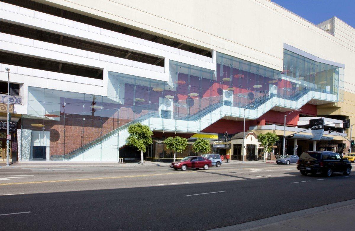 Beverly-Center-Escalators-1200x782