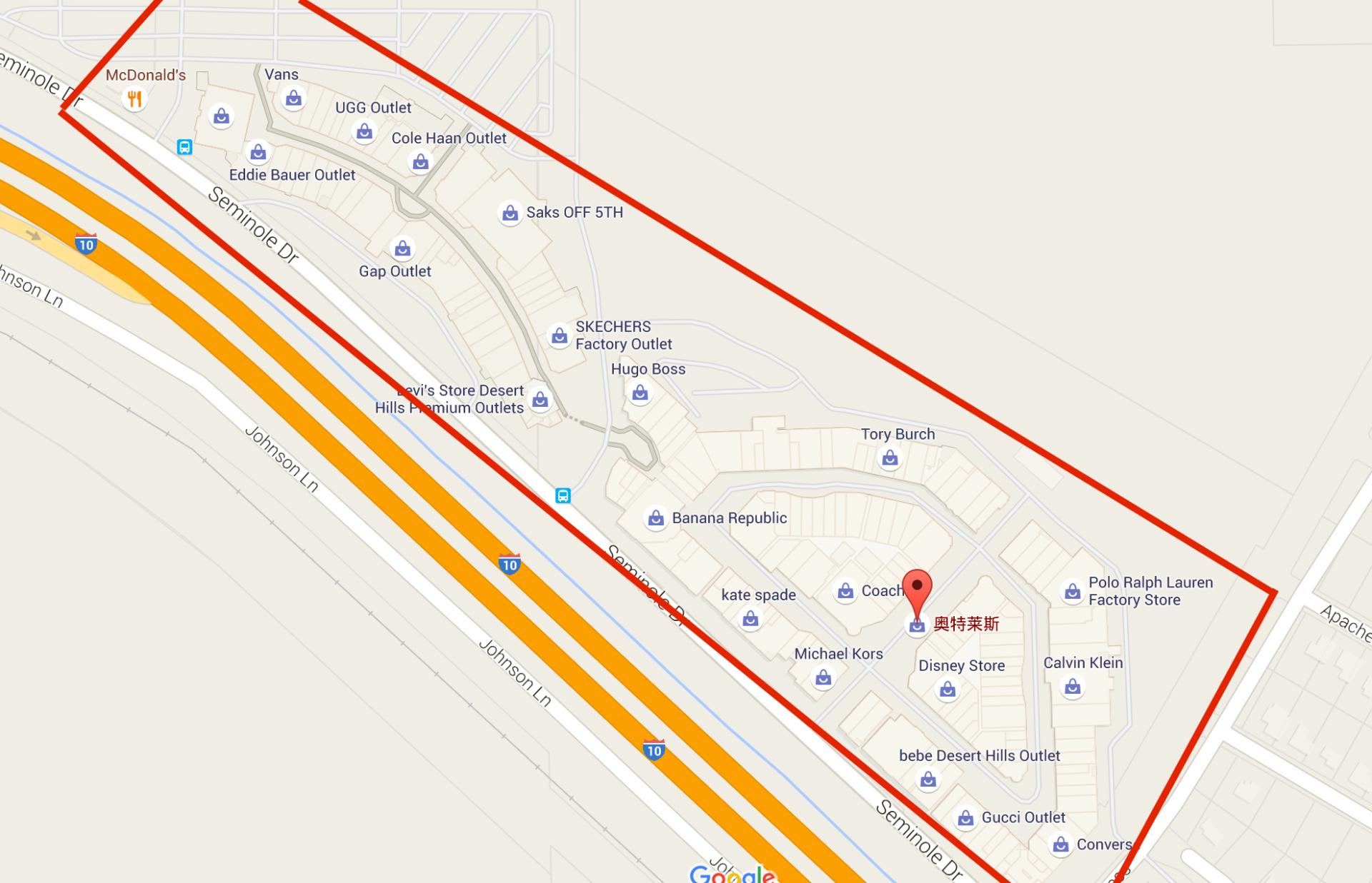 紅色框起來的地方都是 Desert Hills Premium Outlet