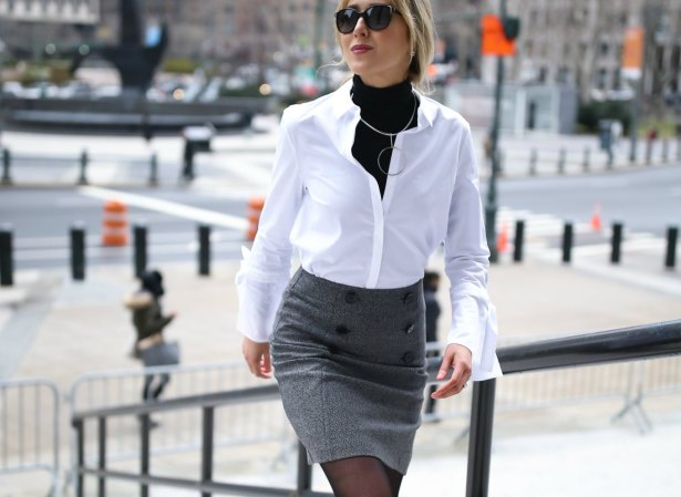 red-oversized-coat-grey-double-breasted-button-mini-skirt-tie-sleeve-white-shirt-layered-turtleneck-work-wear-memorandum-style-blog-nyc9